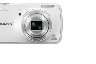 Nikon Coolpix S800c Android Powered Camera