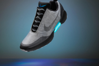 Nike unveiled self lacing shoes